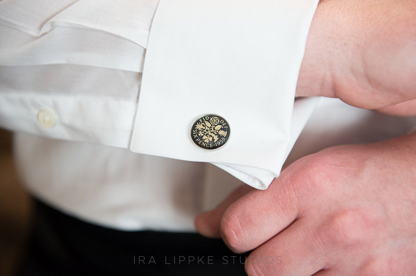 The groom's British heritage and the fact that the couple lives in London makes these cufflinks particularly appropriate. It's all in the details!